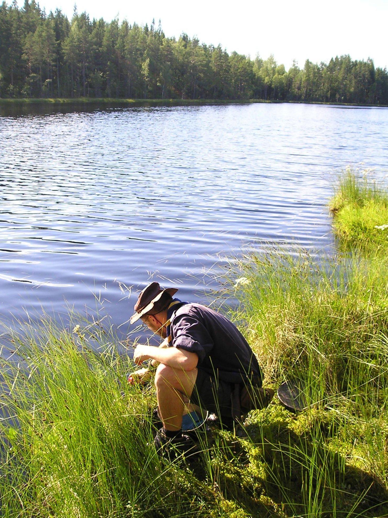 finnland-2008-moorseewasserschoepfen